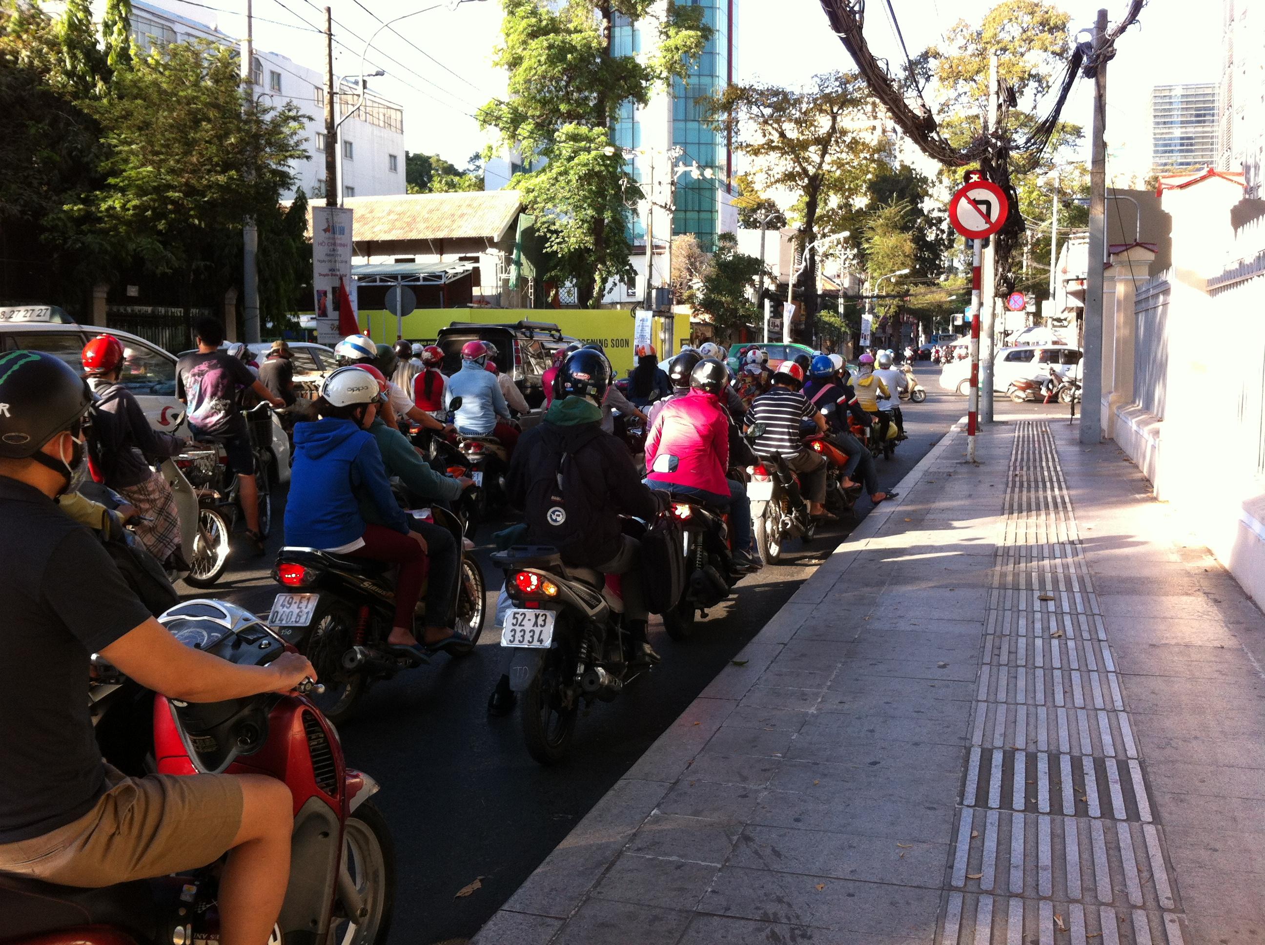 Yvonderweg - Hallo Ho Chi Minh! - Motorbikes in Ho Chi Minh 2