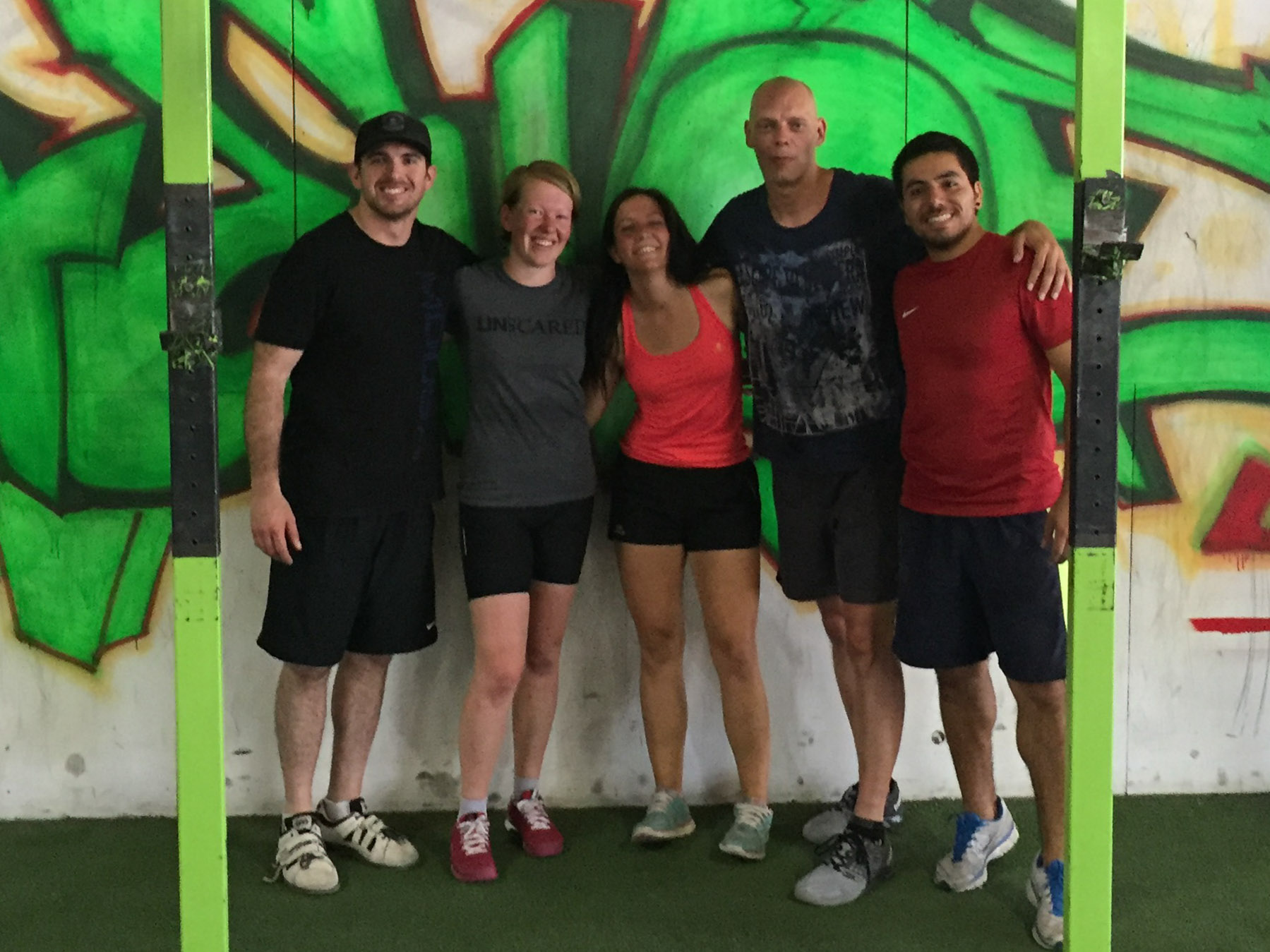 Yvonderweg - Fit blijven op vakantie - Te gast bij Crossfit Werewolf Santiago Chili