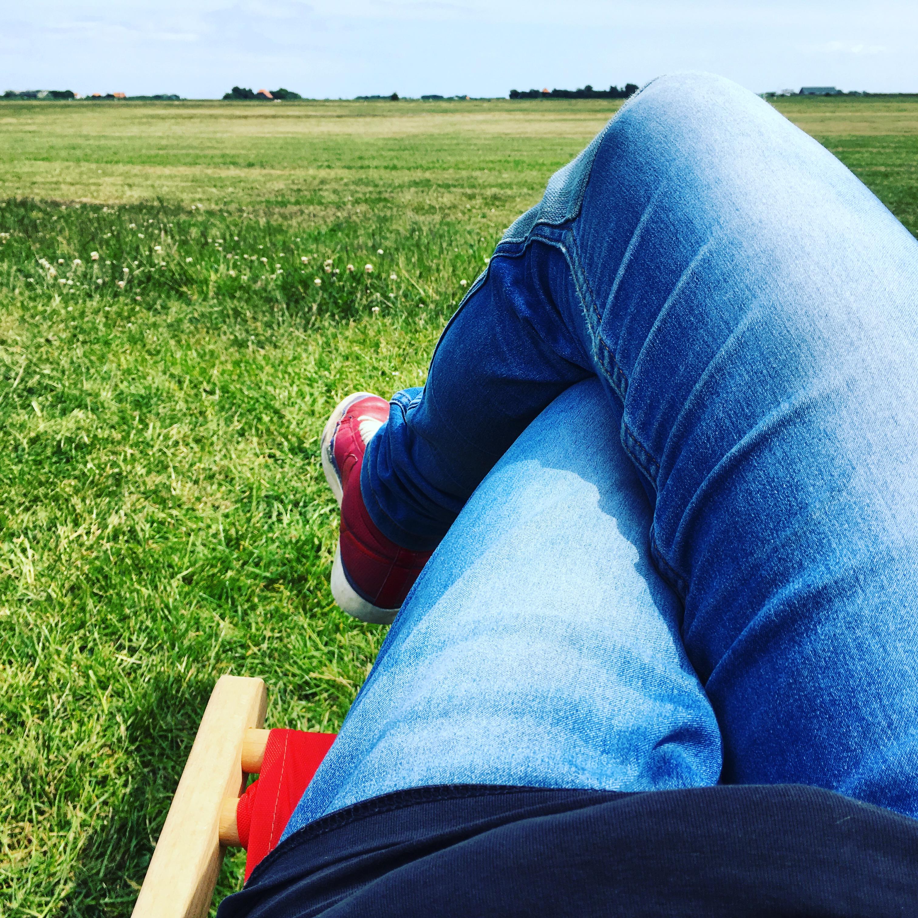 Yvonderweg - Stil - Chillen en wachten op parachutes.