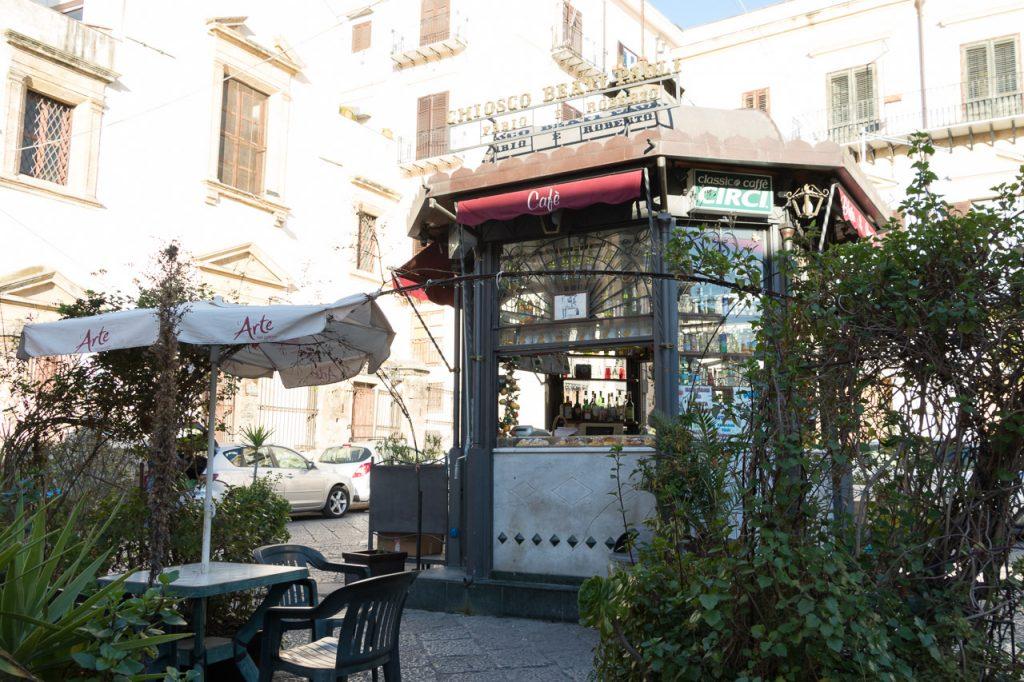 Authentieke koffiebar in Palermo.