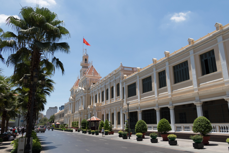 Yvonderweg - Hallo Ho Chi Minh! - Gebouw van het Volkscomité