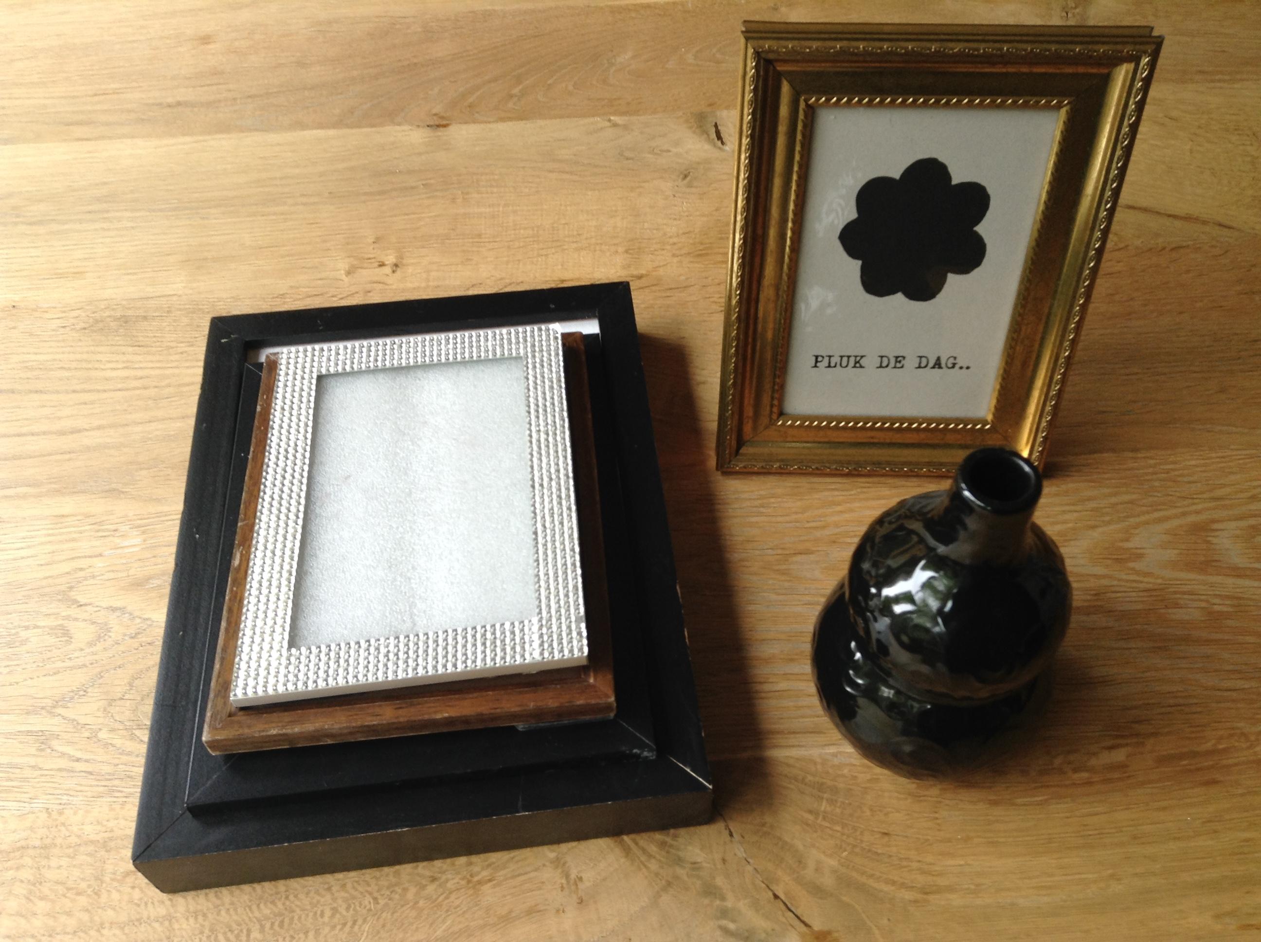 Tweedehands fotolijstjes en vaasje van Nijade Utrecht