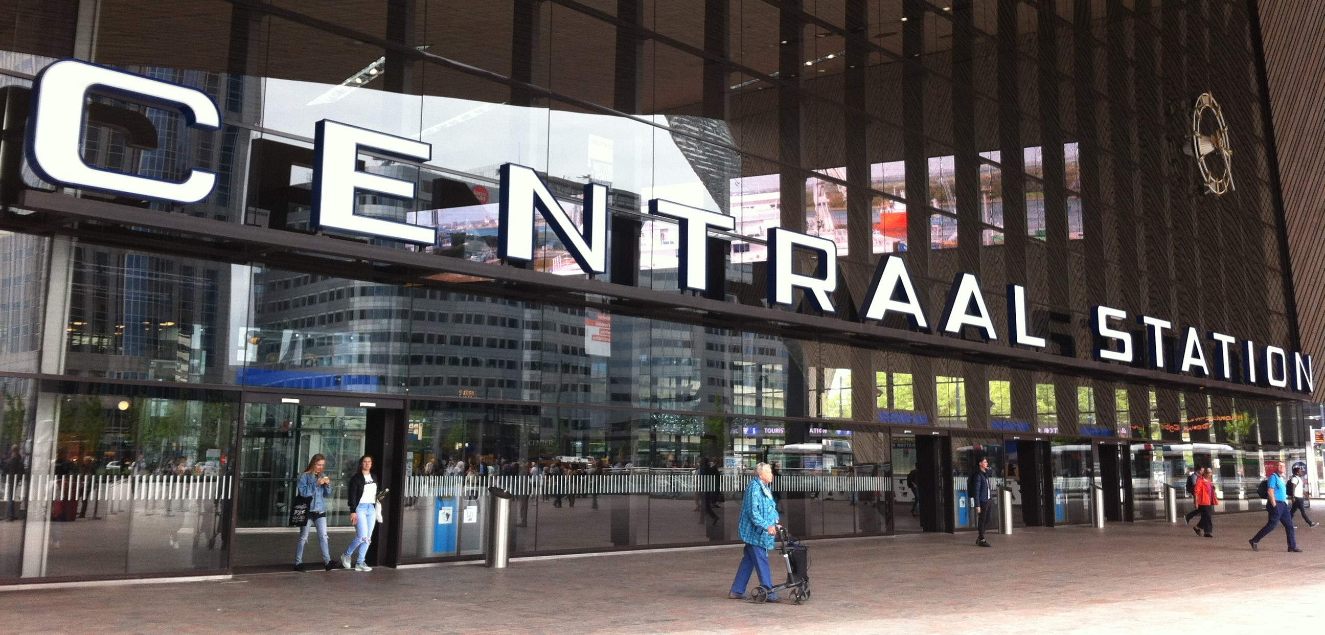 Rotterdam Centraal Station voorkant