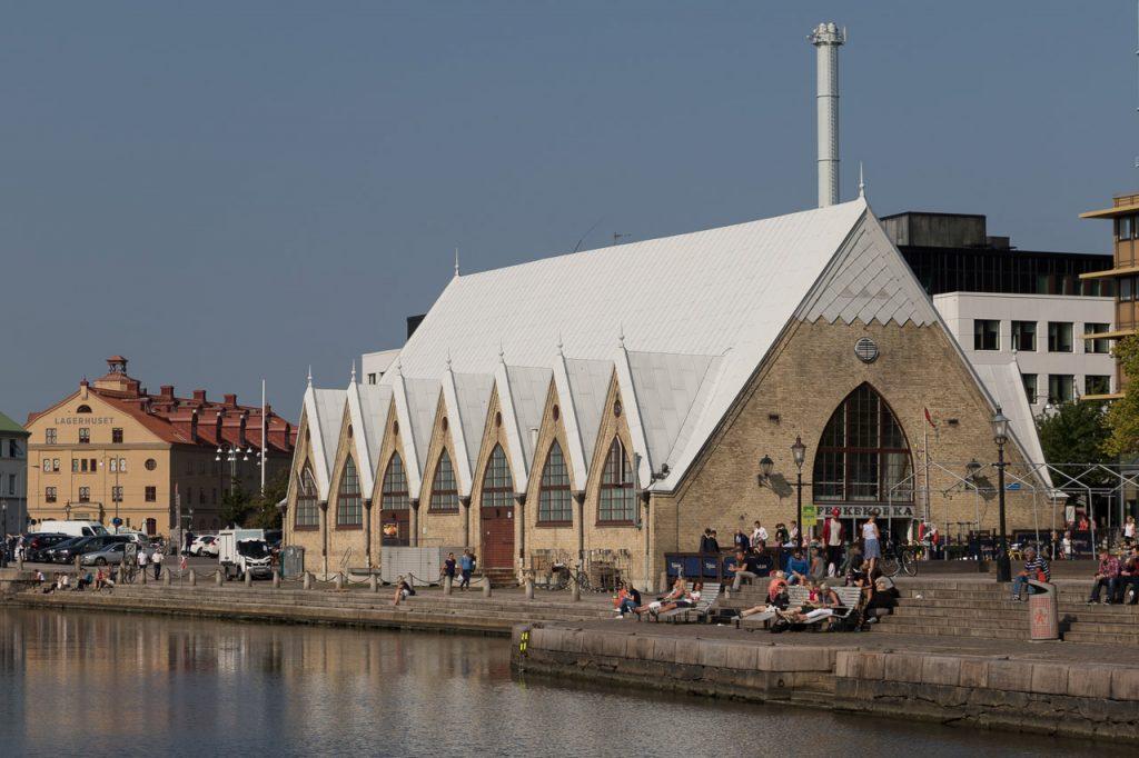 Lunchen bij de Feskekorka (viskerk) in Goteborg